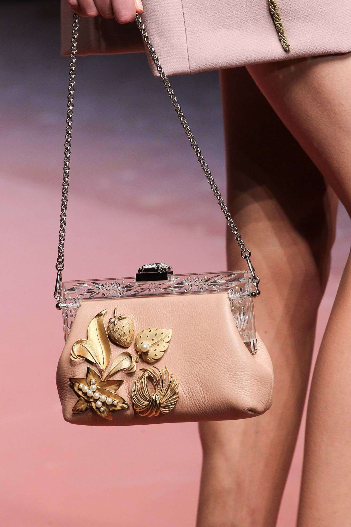 Dolce & Gabbana Fall 2015 Ready-to-Wear Accessories Photos - Vogue