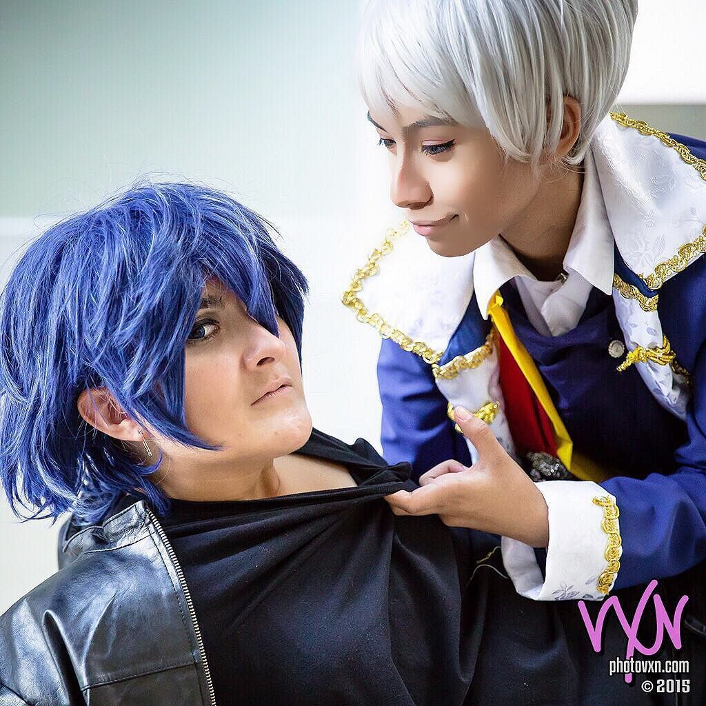 Crazy pairing shoot that @k.chan_18 and I did back at Afest with @vixxie89 xDDD what even is life anymore haha #anime #cosplay #animecosplay #prussia #ayatokirishima #hetalia #tokyoghoul