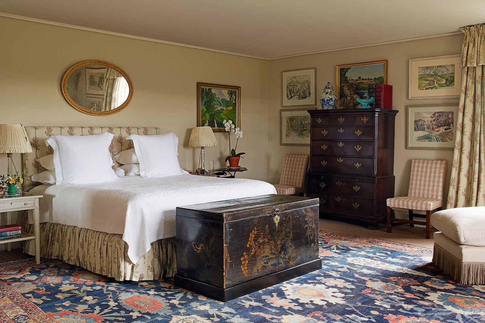 English country bedroom ideas  Traditional bedroom, English