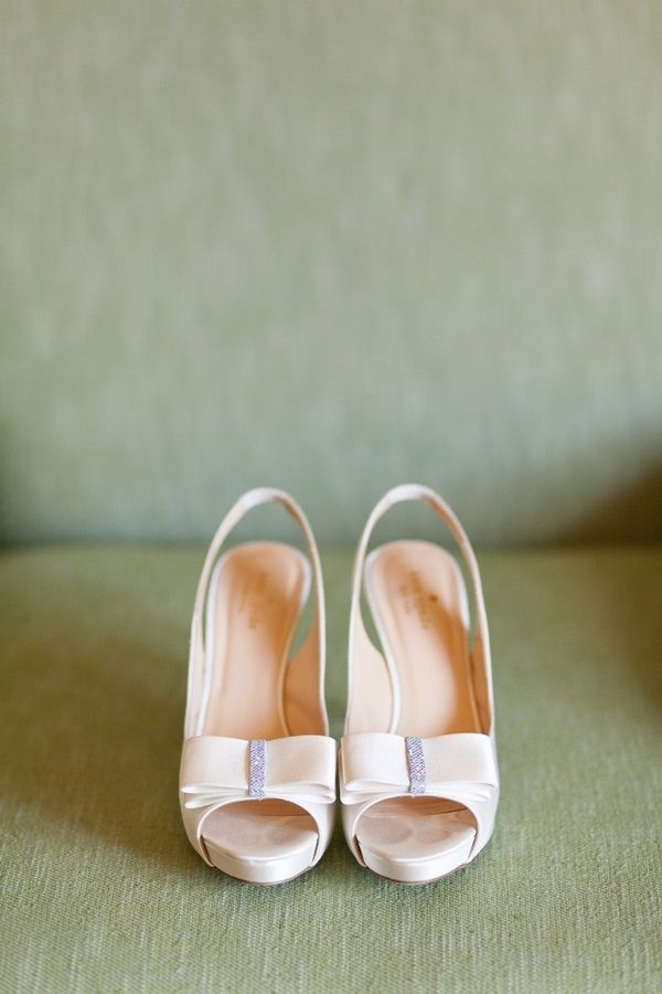 Kate spade bow wedding shoes wedding shoes weddings and wedding kate spade bow wedding shoes elizabeth anne designs the wedding blog junglespirit Choice Image