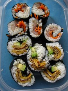 Roll your own! My youngest son rolls his own sushi. (Ook jongste zoon rolt zijn eigen Sushi)