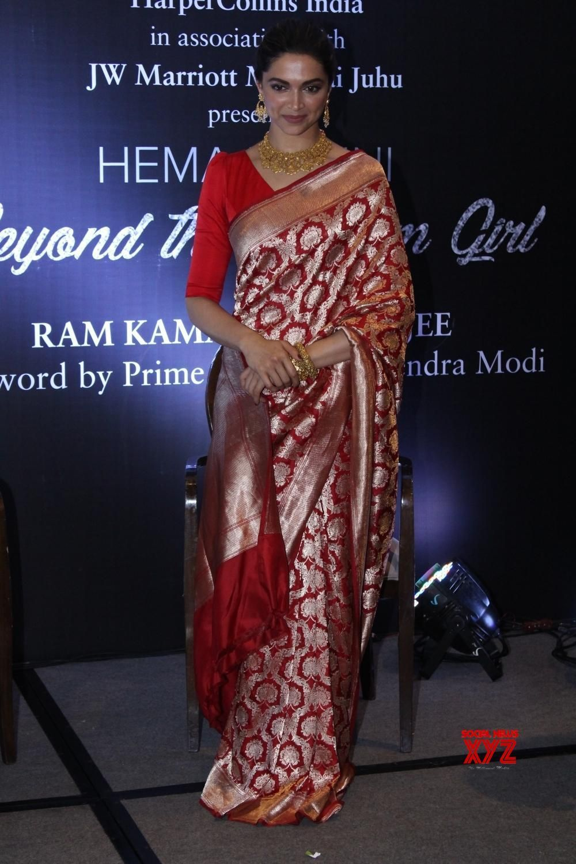 Mumbai Book Launch Of Hema Malini S Biography Deepika Padukone Esha Deol Bharat Takhtani And Ram Kamal Mukherjee Social News Xyz Deepika Padukone Hema Malini Hema