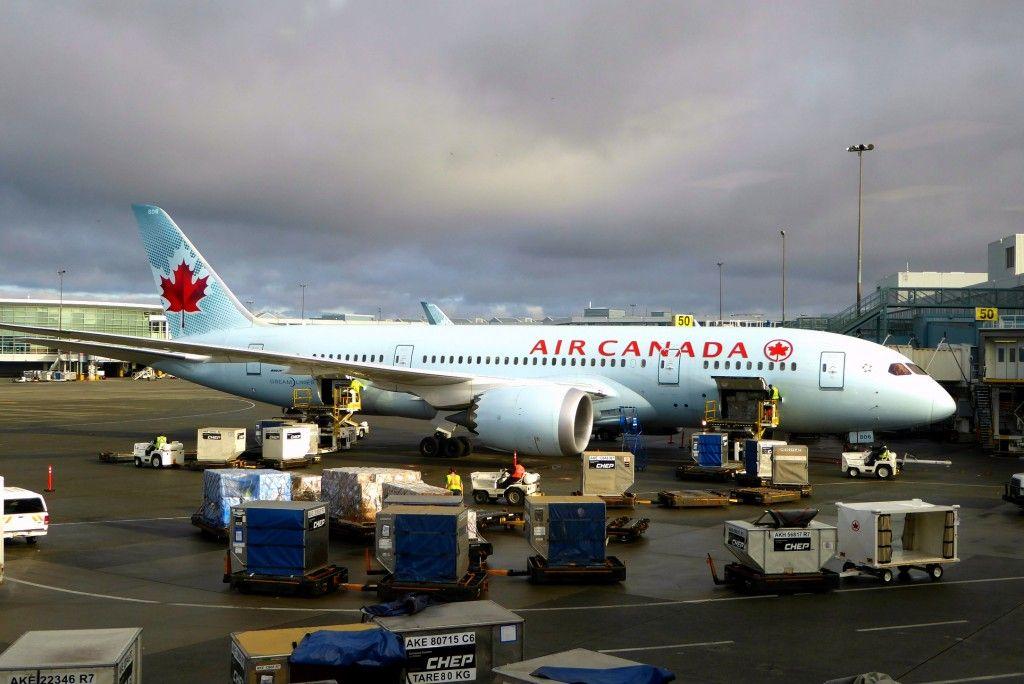 Air Canada Rouge Premium Rouge Cabin Review (avec images)