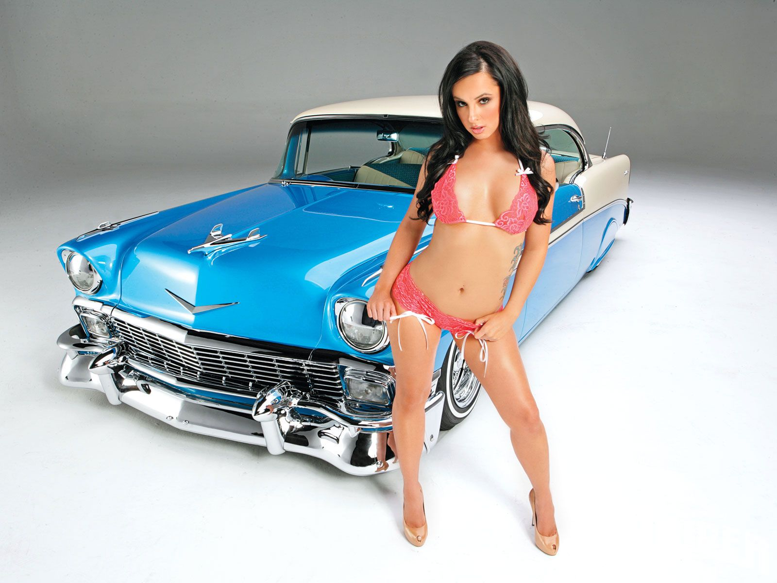 sexy topless car models