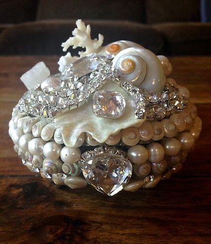 Mermaid Pearl Shell Rhinestone Encrusted Ocean Coral Jewel Box