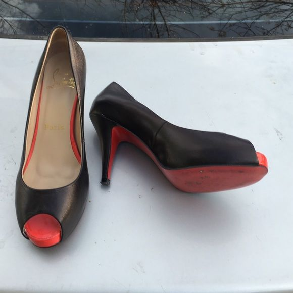 black red bottom heels with spikes christian louboutin heels 39