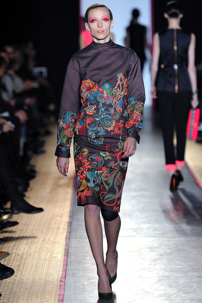 Cédric Charlier Fall 2013 Ready-to-Wear Collection