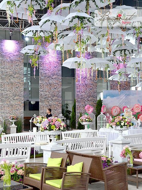 Amazing umbrella alley for a lovely wedding ceremony umbrellaalley amazing umbrella alley for a lovely wedding ceremony umbrellaalley wedding flowerdecor junglespirit Images