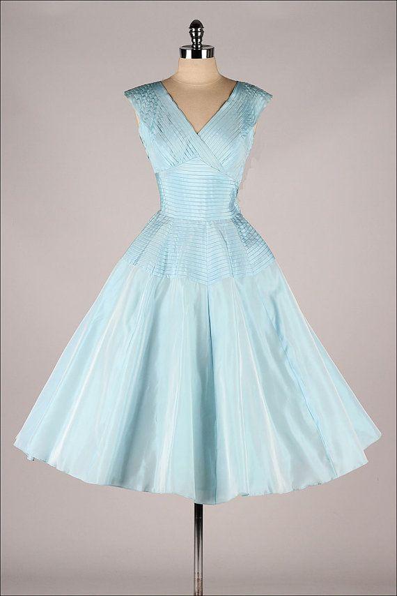 Vintage 1950s Dress Fred Perlberg Pleated Blue Taffeta 3909 Vintage 1950s Dresses Vintage Dresses 1950s Dress