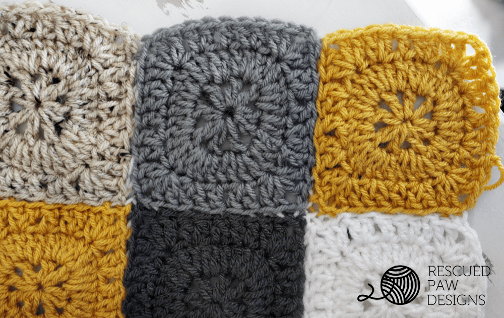 Free Square Button Pillow Crochet Pattern | Vestiditos