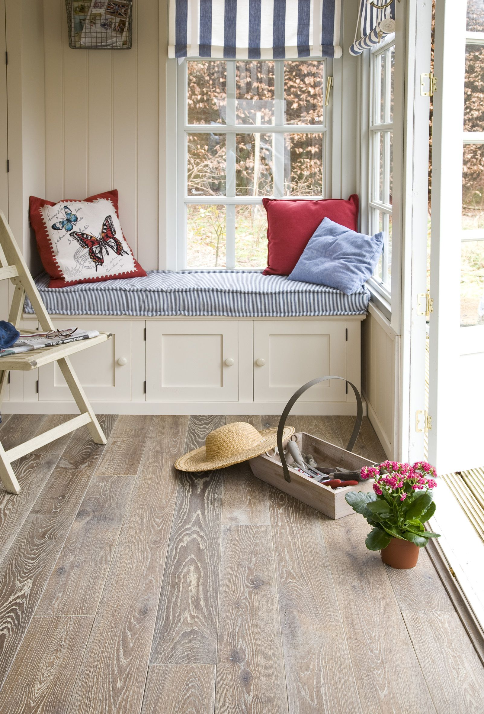 Red, white and blue looks lovely with rustic oak flooring