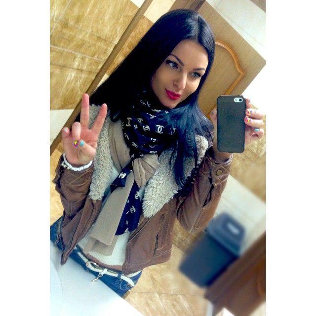 Начинаю свой отпуск...☀️ Всем доброй ночи☺️ #аэропорт#хабаровск#рейс#отпуск#счастье#отдых#девушка#брюнетка