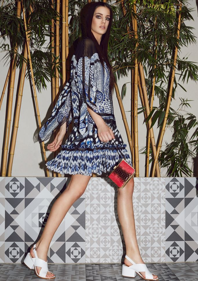 The Stunning Look 70s Fashion Fashion Editorial Cher 70s Viva Magazine Roberto Cavalli