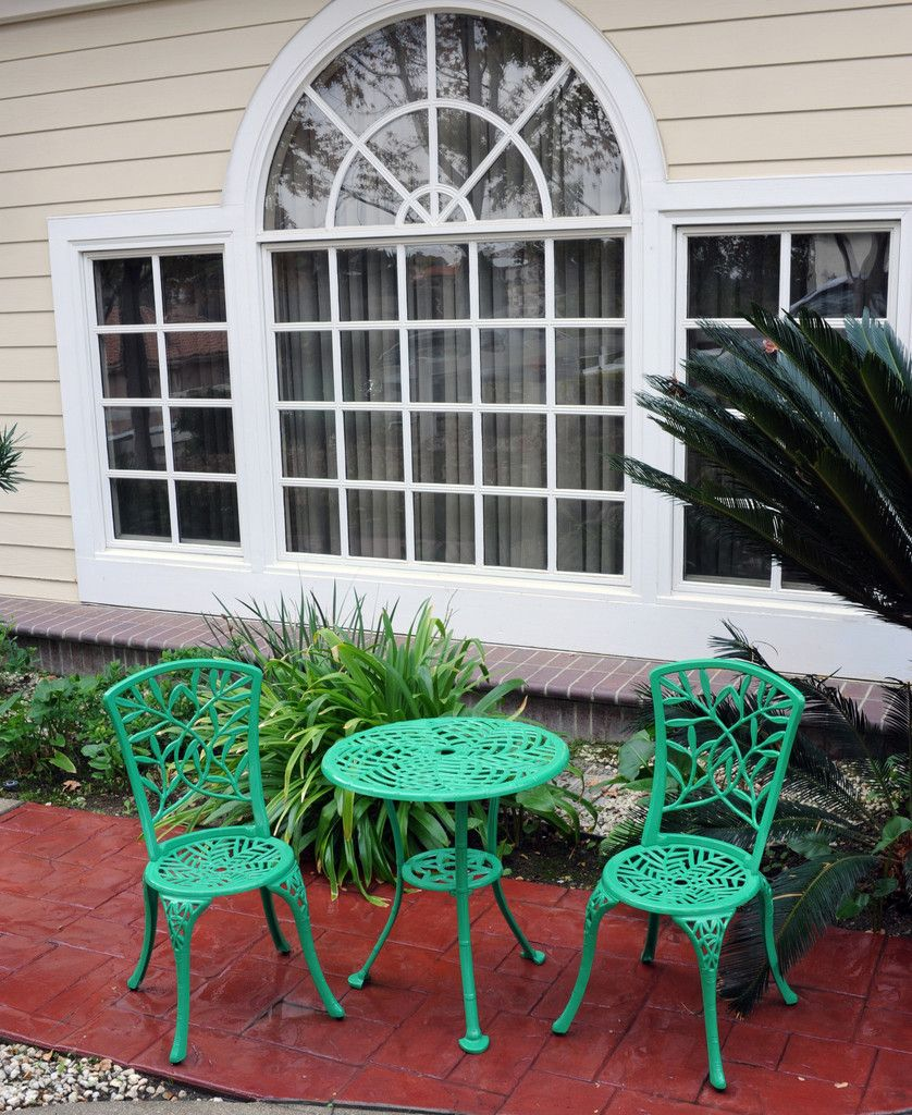 Meadow Decor Outdoor Bistro Aluminum Table And Chairs Set Homey