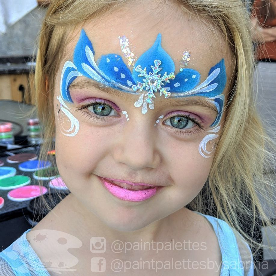 Elsa Anna And Olaf Frozen Frozenparty Frozen2 Frozenbirthdayparty Facepainting Balloontwistin Princess Face Painting Elsa Face Painting Frozen Face Paint