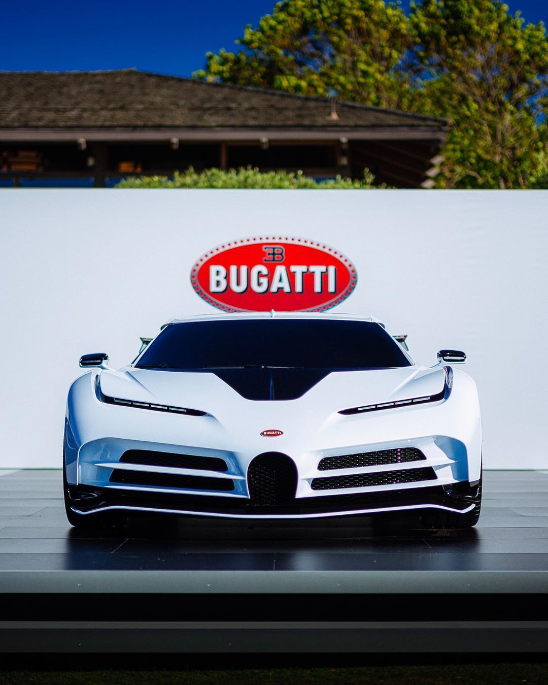 Bugatti Centodieci Reveal Today At Nbsp Nbsp Thequailevents Nbsp Nbsp What A Great Reveal What Do You Think Of T Bugatti Bugatti Centodieci Bugatti Cars