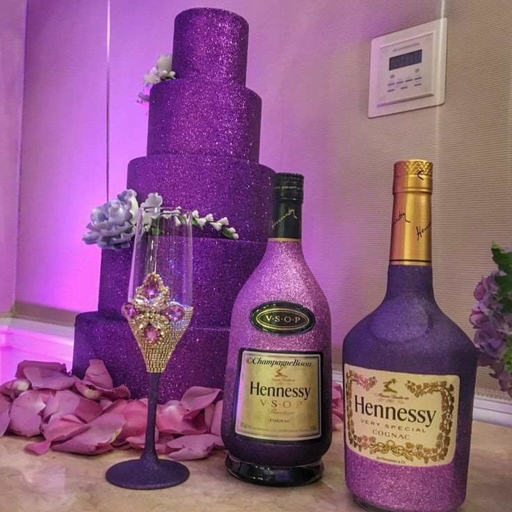 Decorated Hennessy Bottle Pinandrea O'banner On Cakes And Other Delicious Sweets