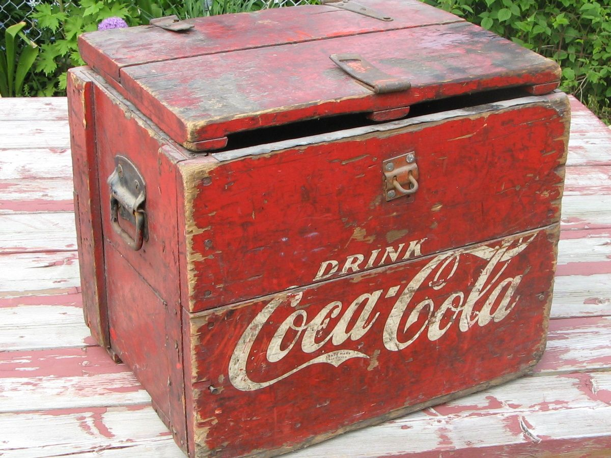 Retro Kühlschrank Coca Cola : Vintage wooden coca cola cooler rockabella rockabilly