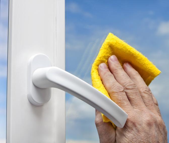 Trucos para limpiar cristales. Limpiar los cristales y ventanas ...