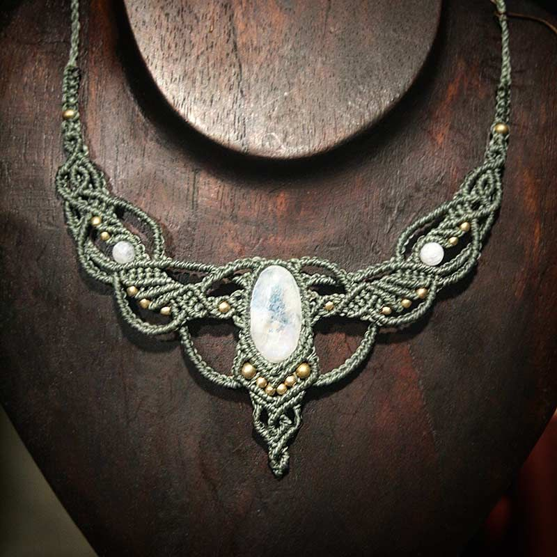 necklaces moonstone collier elven wings selbermachen. Black Bedroom Furniture Sets. Home Design Ideas