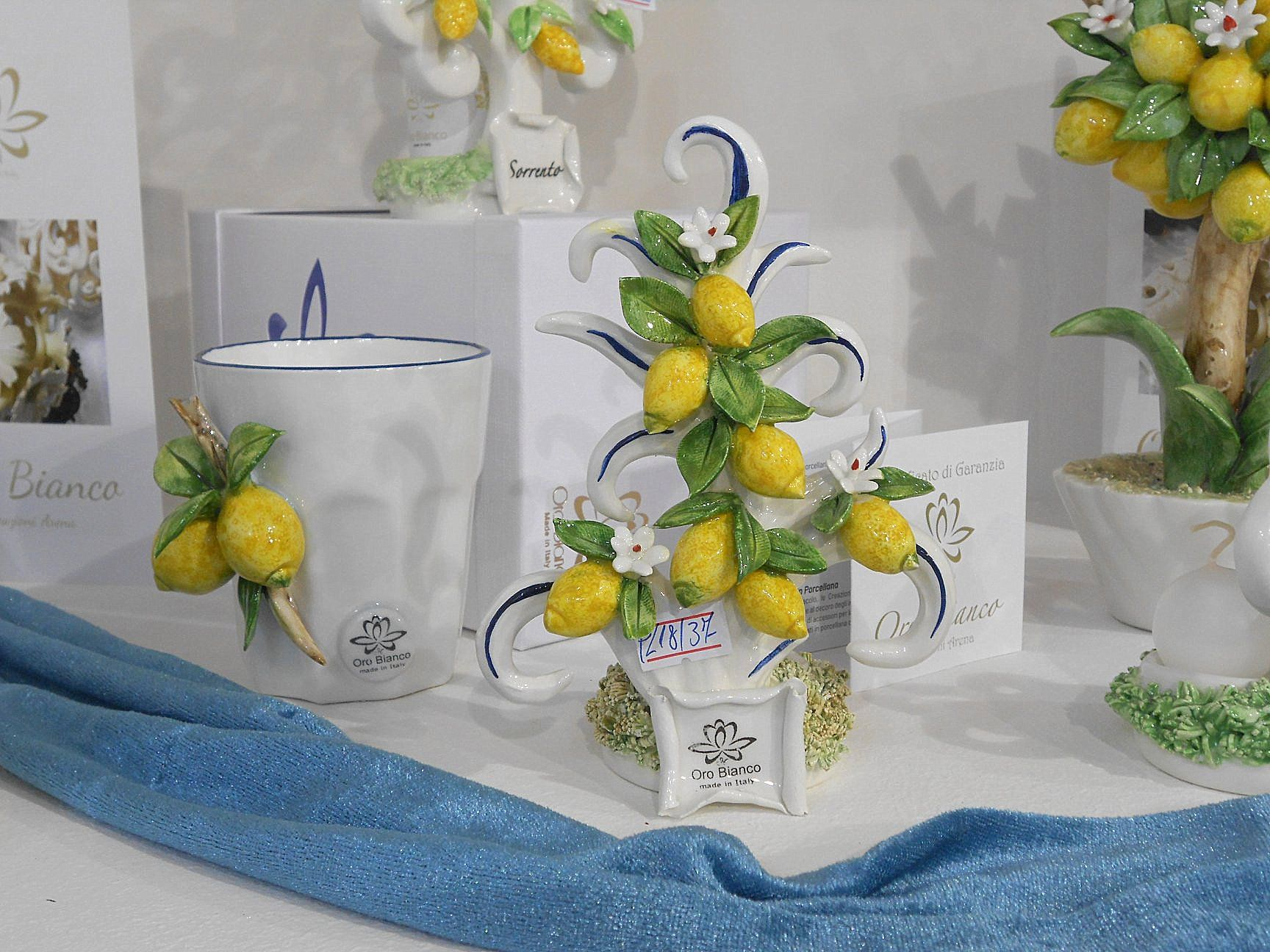Segnaposto Matrimonio Limoni.Bomboniere E Segnaposto Limoni In Ceramica Di Capodimonte Tema
