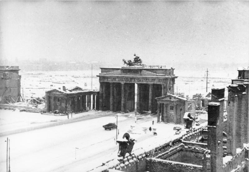 Berlin Geteilte Stadt Brandenburger Tor Winter 1945 1946 Berlin Geschichte Erster Weltkrieg Nachkriegszeit