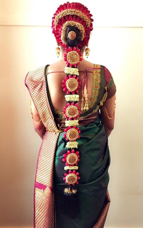 South Indian Bridal Wedding Hair #SouthIndianbride #WeddingHairstyle #BridalHairst… | Indian ...