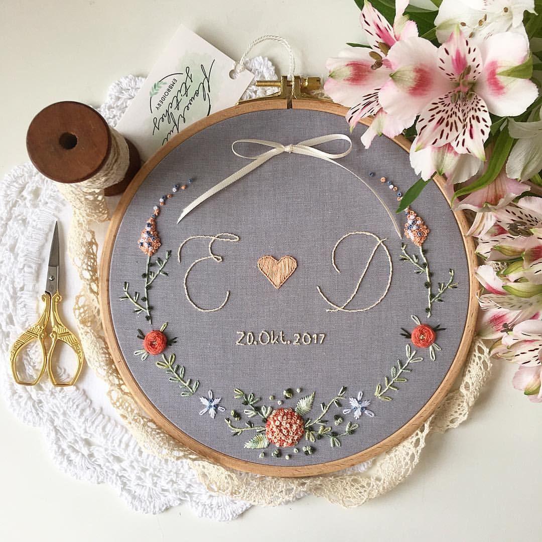 """Handmade Embroidery ➵ Germany on Instagram: """"A P R I C O T. • Ein wundervolles Stickbild, wie ich finde, ist heute fertig geworden. Ich finde die Apricot-Töne auf dem Hellgrau total…"""""""