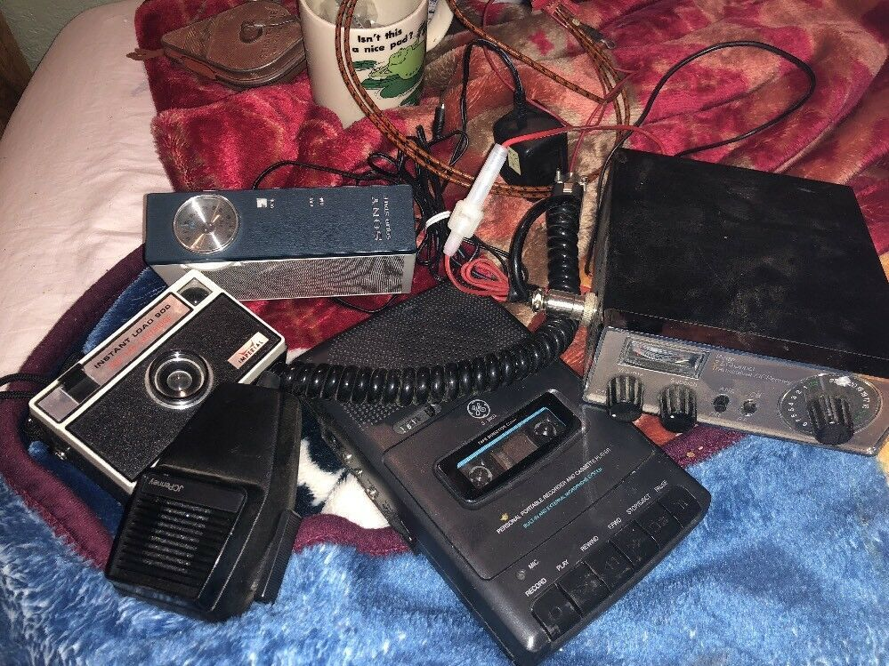 Vintage Sony Transistor Radio Random Lot Cb Radio Pinto Tale