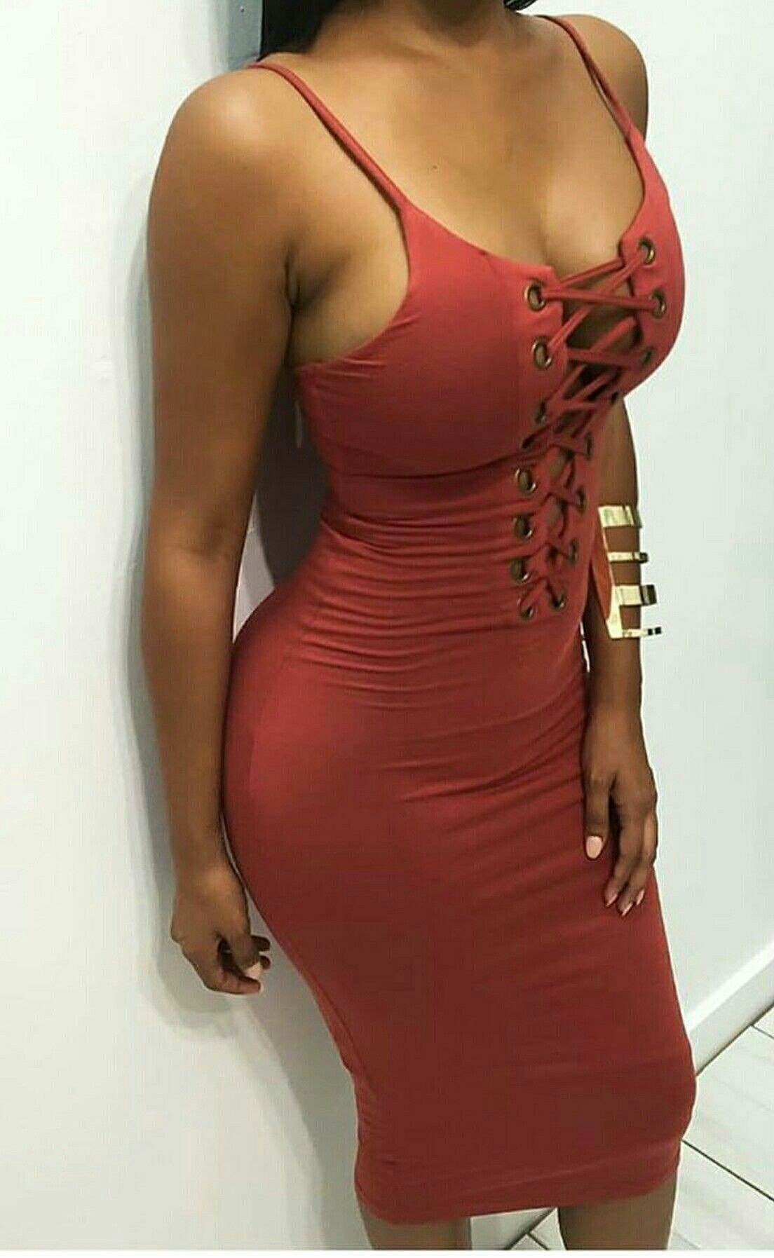 af89b1d2e86 Not having required body structure Hot Outfits, Social Media Tips, The 100,  Bodycon