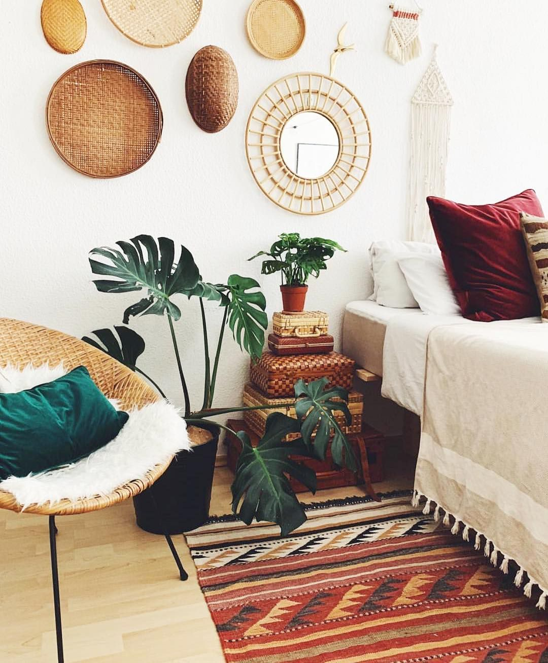 Bohemian Bedroom Decor Has Become One Of The Most Coveted Aesthetics On Pinterest And Instagram But It S Bohemian Bedroom Decor Bedroom Decor Bohemian Bedroom