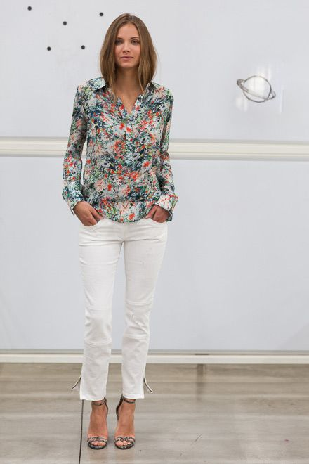 Emerson Fry is my new favorite designer! This flower top with these  white jeans is a perfect spring look!