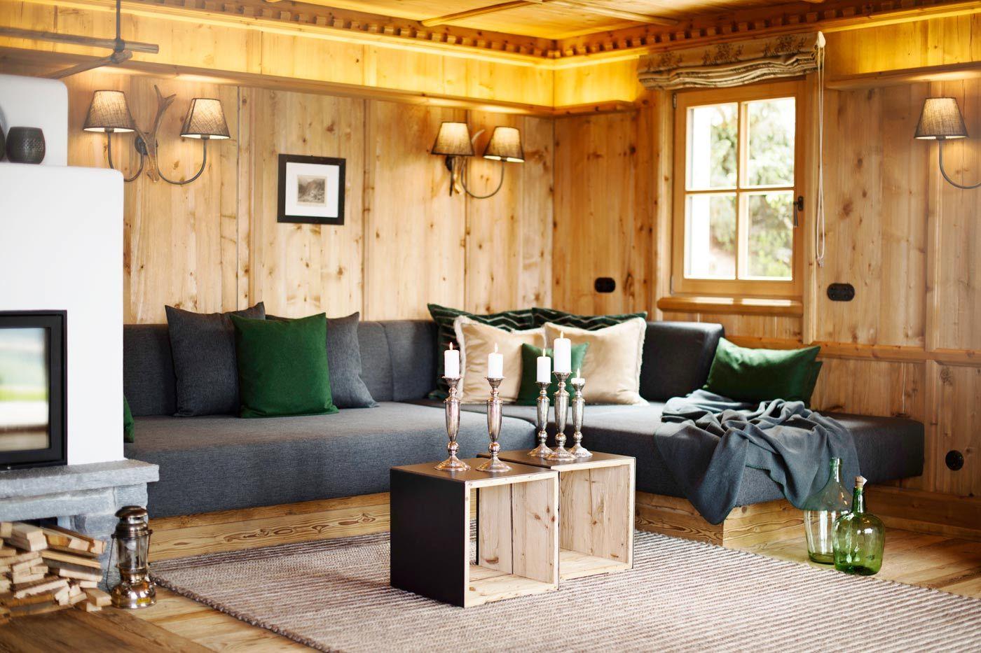 innenansicht des luxus chalet sporer alm im zillertal. Black Bedroom Furniture Sets. Home Design Ideas