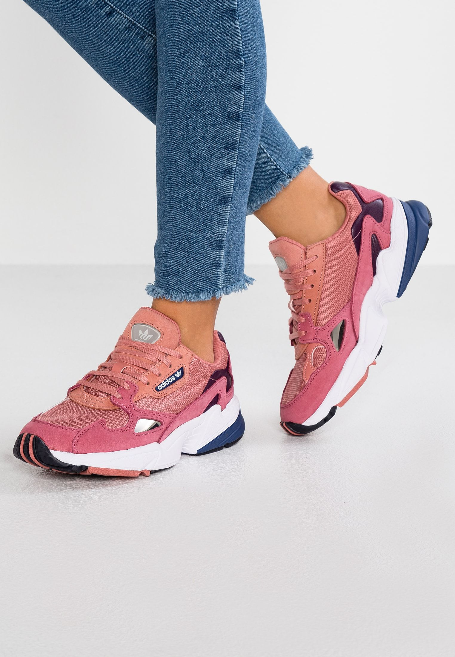 adidas Originals FALCON - Baskets basses - raw pink/dark ...