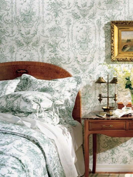 Exceptionnel Toile Wallpaper Bedroom 530x706 At Comfortablehomedesign.com