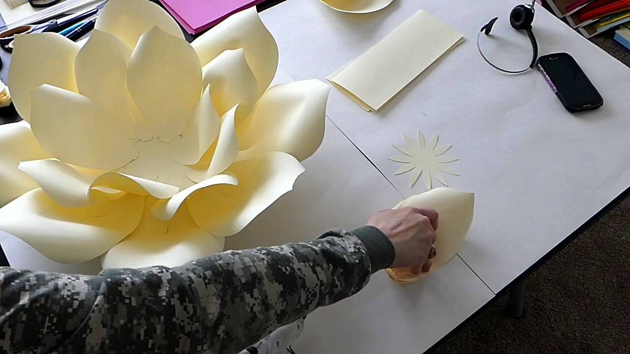 Diy Large Paper Flower Template Paper Flower Stencil Paper Flower