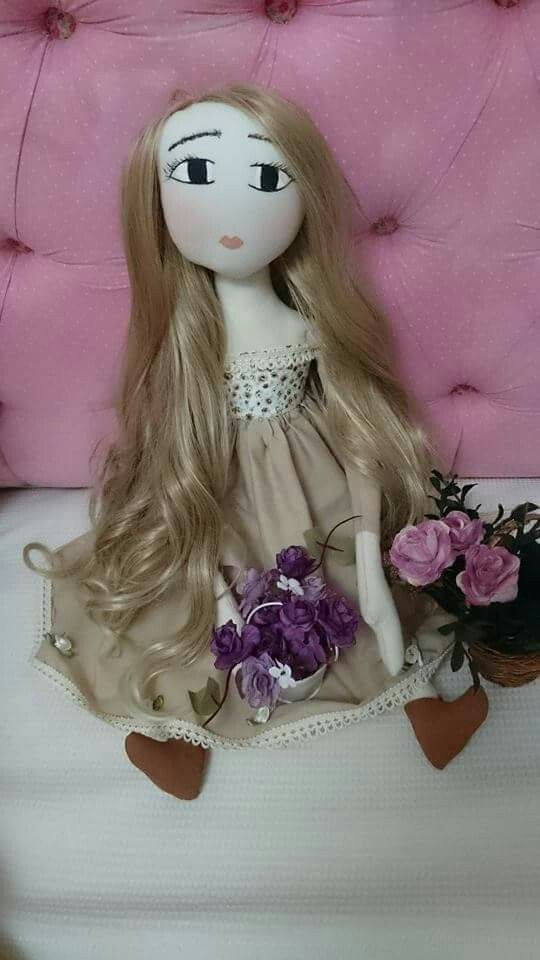 Boneca Valentina