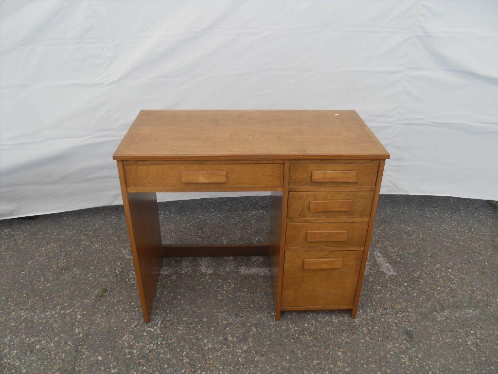 Vintage Wood Desk Small Vintage Desk Single Pedestal With 5 Total