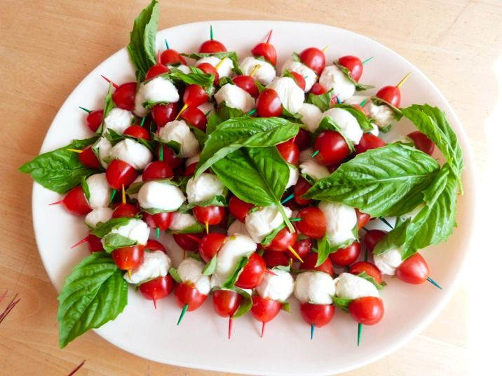 Caprese Salad Bites Easy Party Etisers Doctorate Housewife