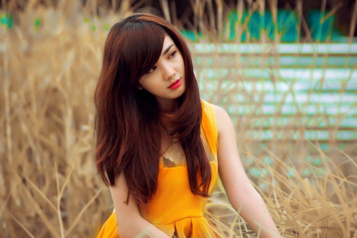 Wonderful teen model feels well in her breakable softcore scene iphone xxx.