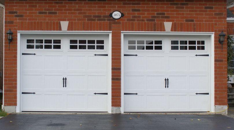 3 Main Reasons To Hire Professional Garage Door Repair Services Than DIY