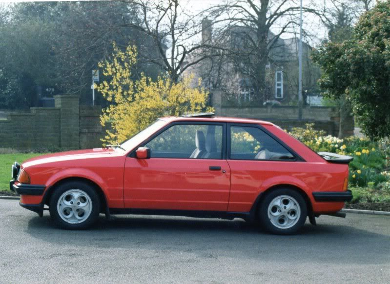1983 Escort Xr3i Google Search Ford Escort Vauxhall Classic Cars