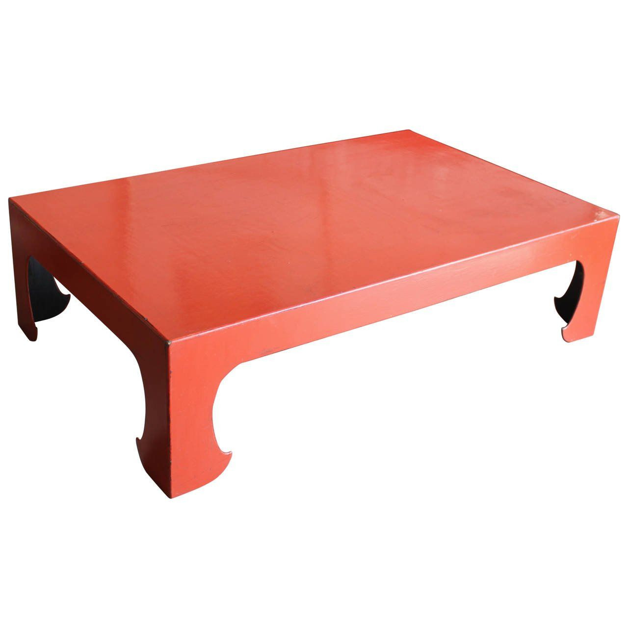 Superbe Vintage Red Coral Lacquered Chinese Coffee Table 1