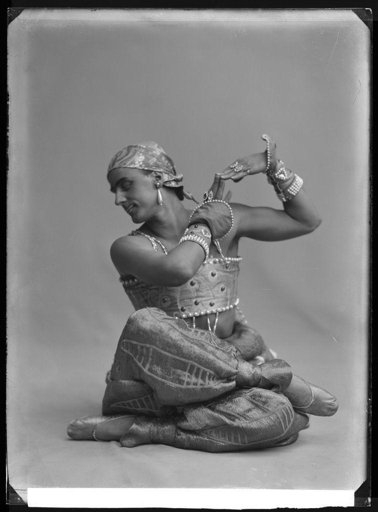 Fokin, Stockholm 1914    Mikhail Fokin in the ballet Scheherazade.   Glass plate negative.