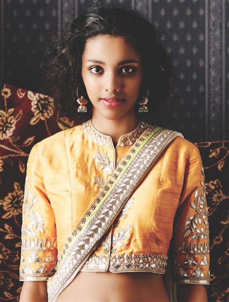Anita Dongre Blouse 1 Sari Blouse Styles Embroidery Blouse Indian Saree Blouse Designs