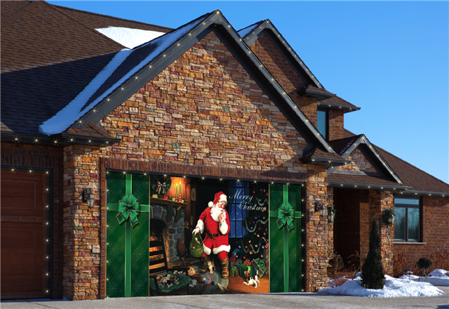 Don't forget your garage when decorating your house for Christmas this year!