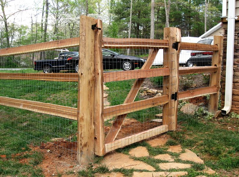 4 ft walk gate in a 3 hole split rail fence building a