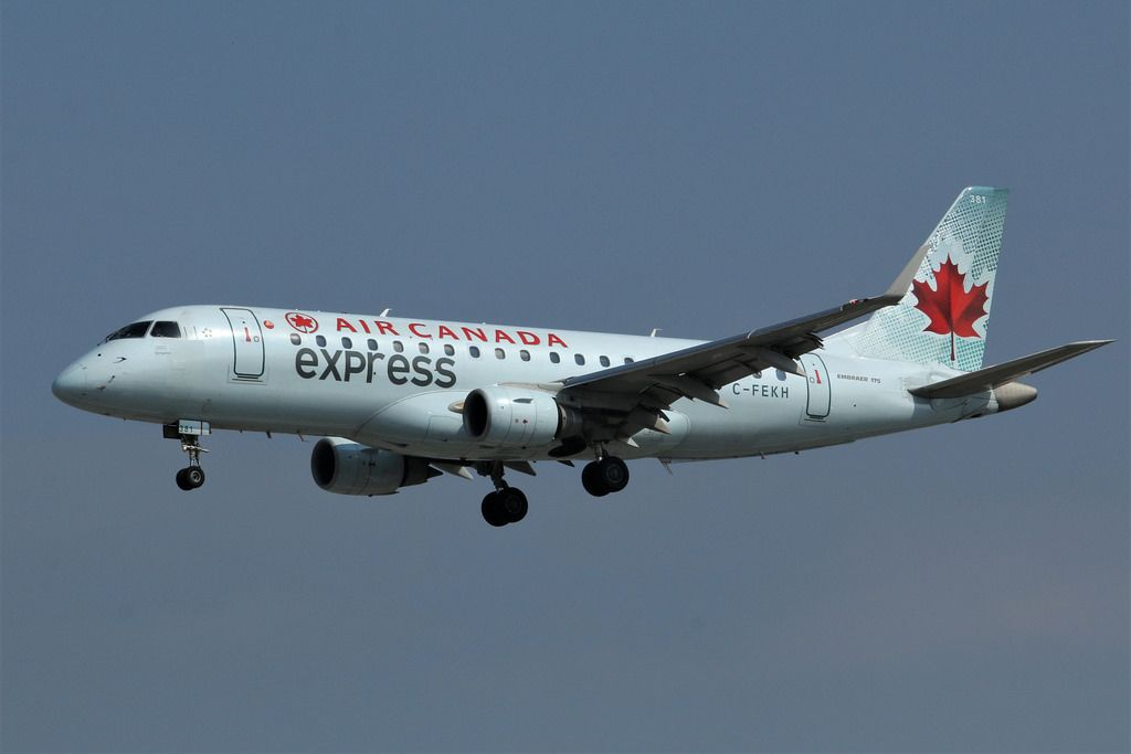 Air Canada Express Fleet Sky Regional Embraer E175 Details And