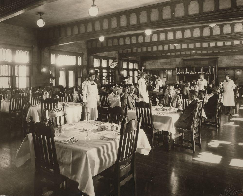 Topeka Amp Santa Fe Railway Company S Fred Harvey House