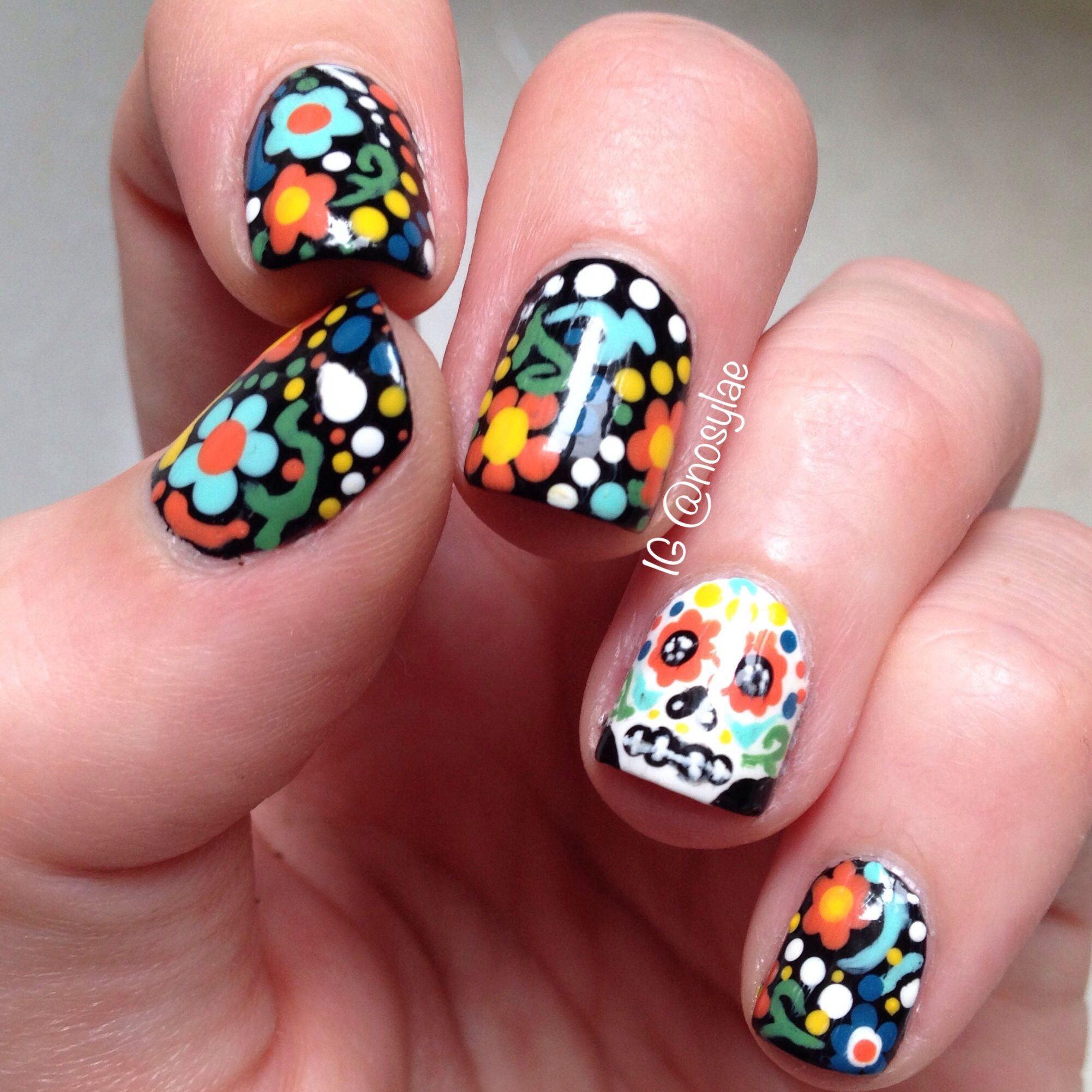 Sugar skull nail art. Inspired by starfish-onthe-beach.blogspot.com ...